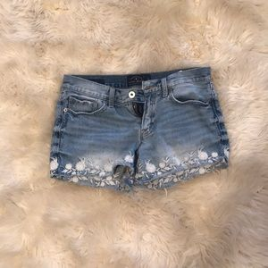 Lucky Band Jean shorts